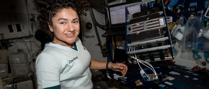 Christina Koch bioprinting in space